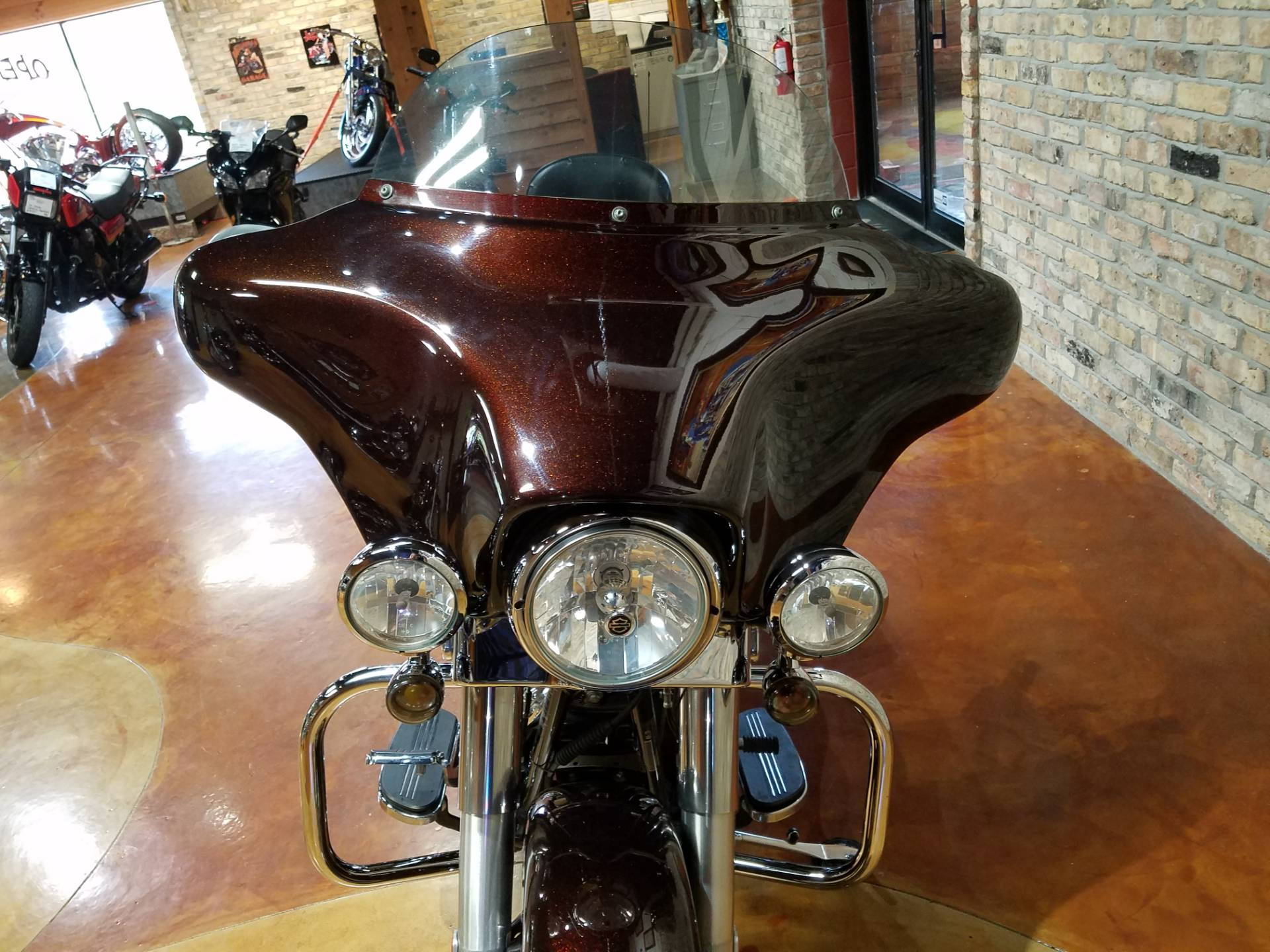 2011 Harley-Davidson Street Glide® in Big Bend, Wisconsin - Photo 21