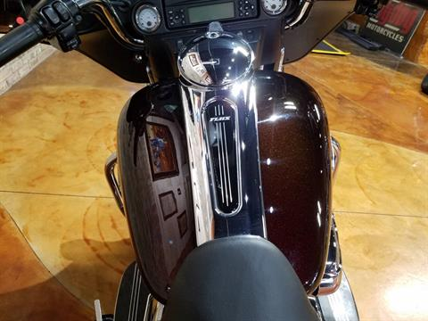 2011 Harley-Davidson Street Glide® in Big Bend, Wisconsin - Photo 27