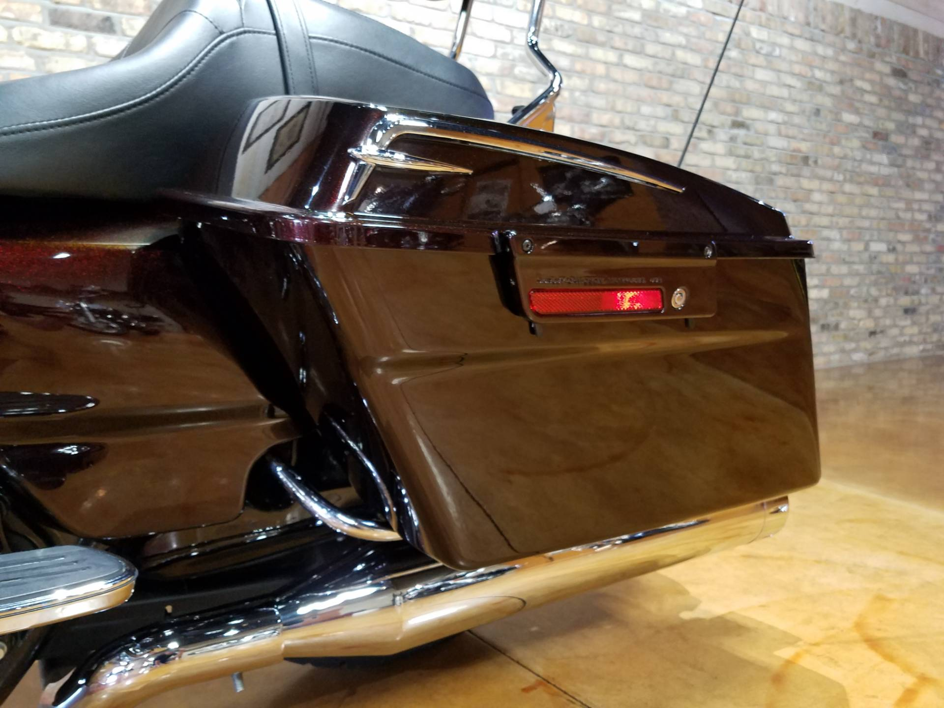 2011 Harley-Davidson Street Glide® in Big Bend, Wisconsin - Photo 43