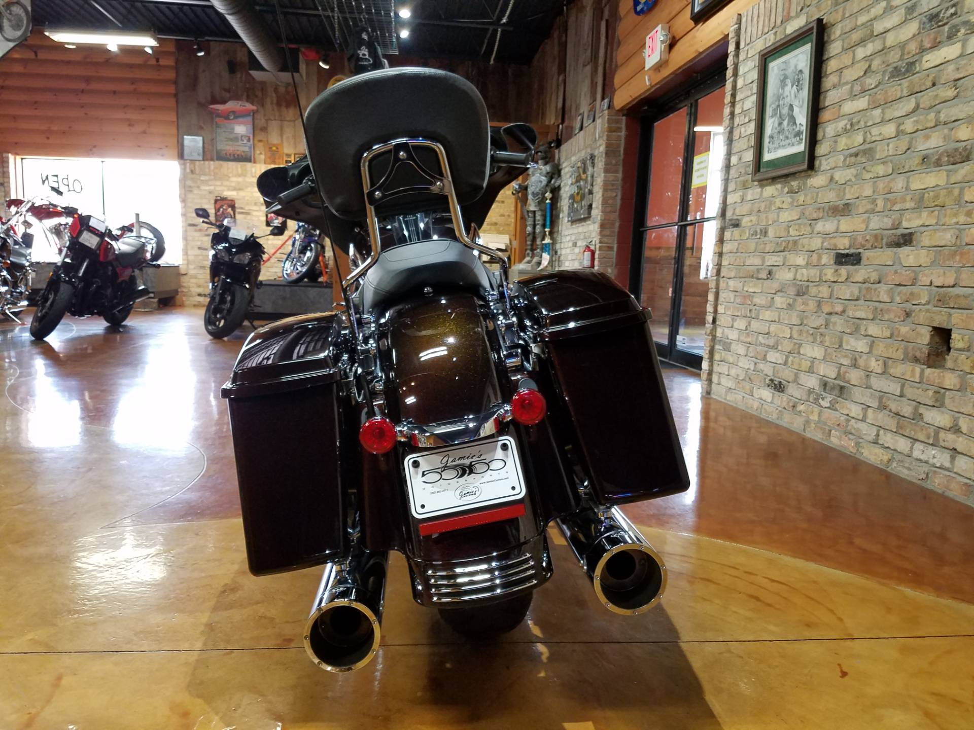 2011 Harley-Davidson Street Glide® in Big Bend, Wisconsin - Photo 45