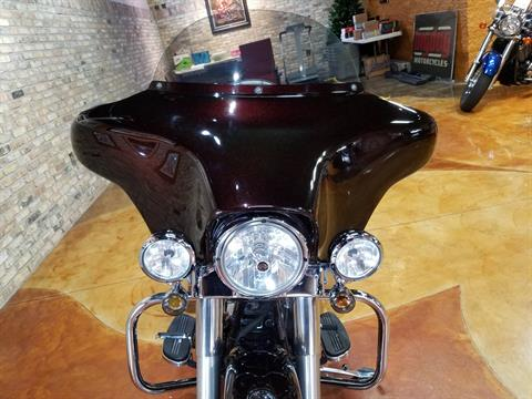 2011 Harley-Davidson Street Glide® in Big Bend, Wisconsin - Photo 52