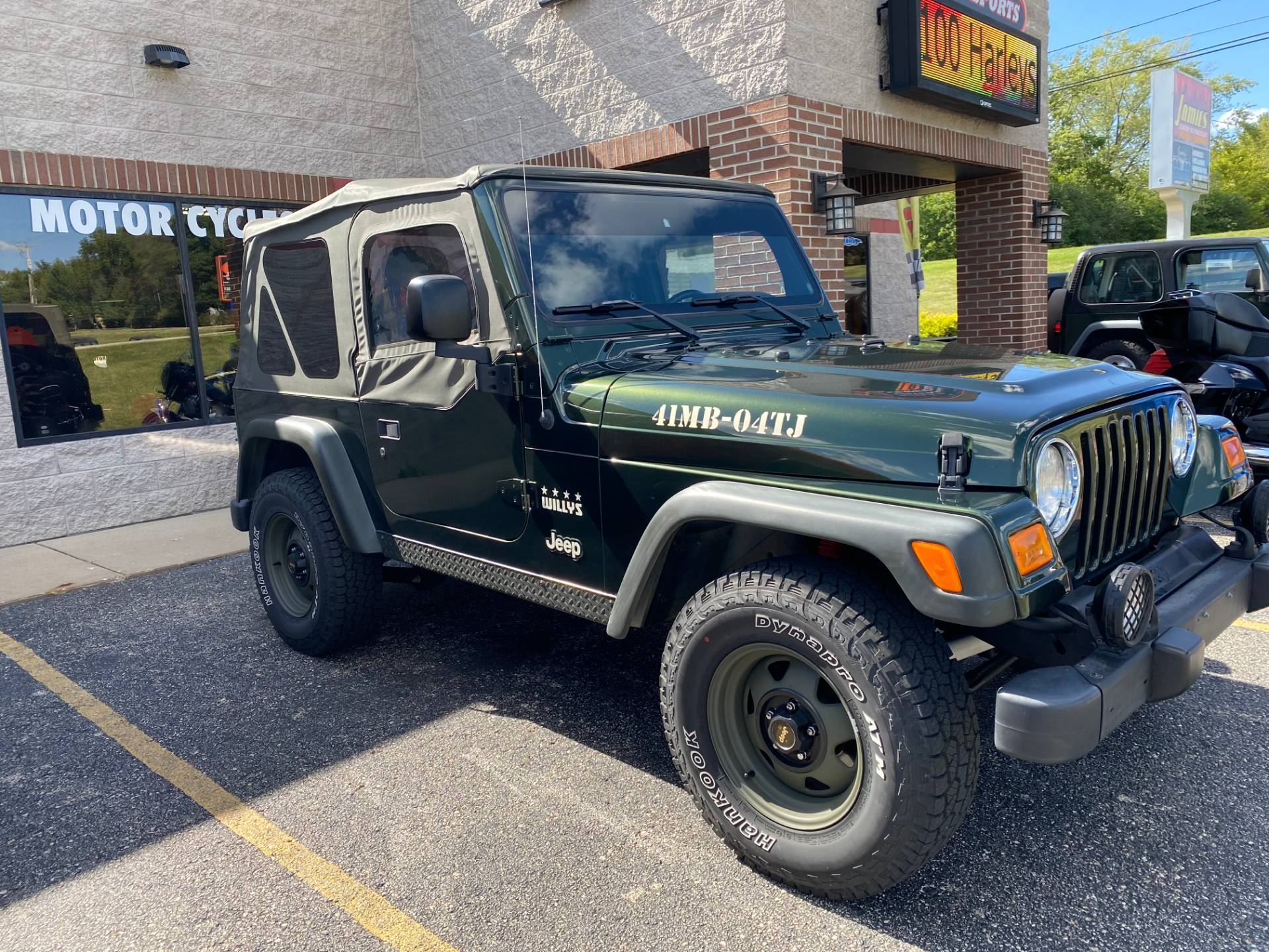 2004 Jeep® Wrangler Willys Edition in Big Bend, Wisconsin - Photo 5