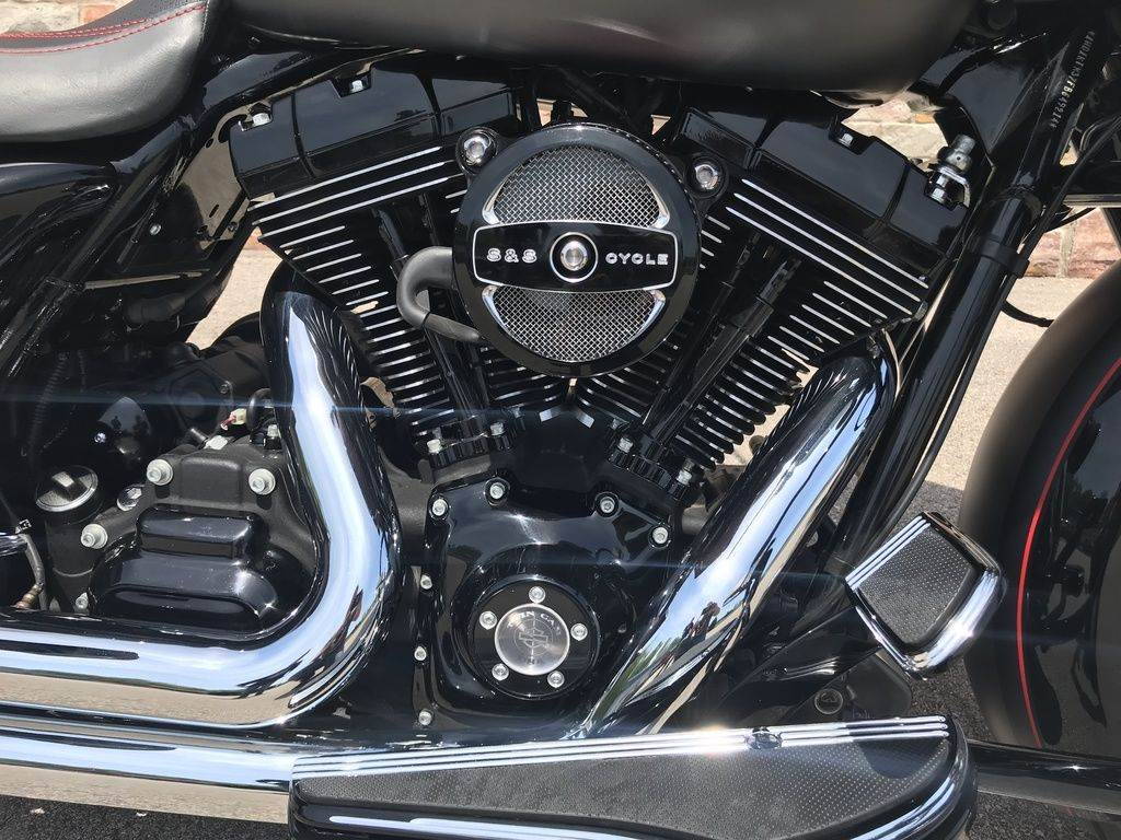 2015 Harley-Davidson Road Glide® Special in Big Bend, Wisconsin - Photo 21