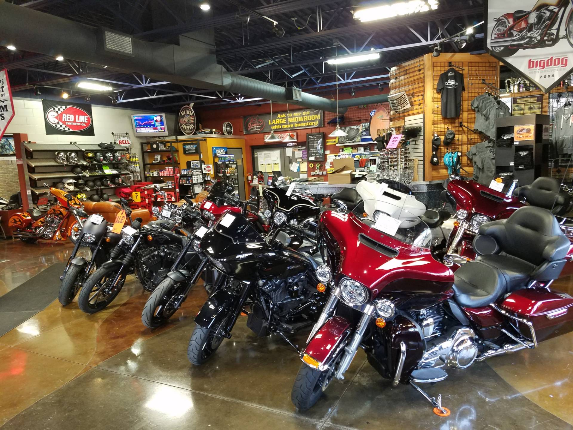 2015 Harley-Davidson Road Glide® Special in Big Bend, Wisconsin - Photo 25