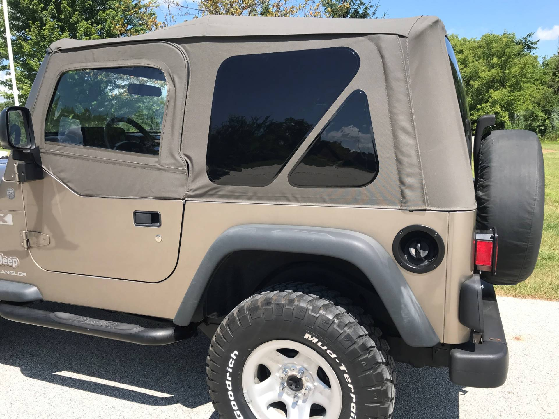 2004 Jeep Wrangler X in Big Bend, Wisconsin - Photo 17