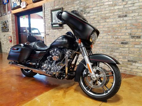 2015 Harley-Davidson Street Glide® Special in Big Bend, Wisconsin - Photo 2