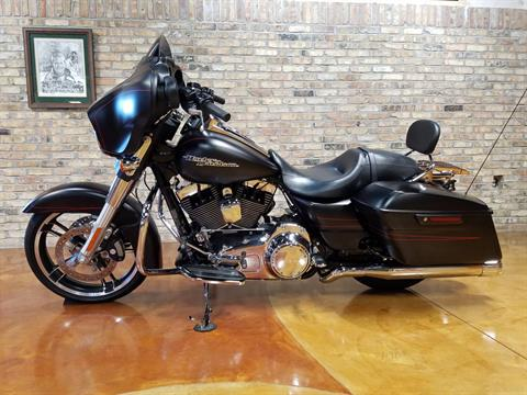 2015 Harley-Davidson Street Glide® Special in Big Bend, Wisconsin - Photo 27