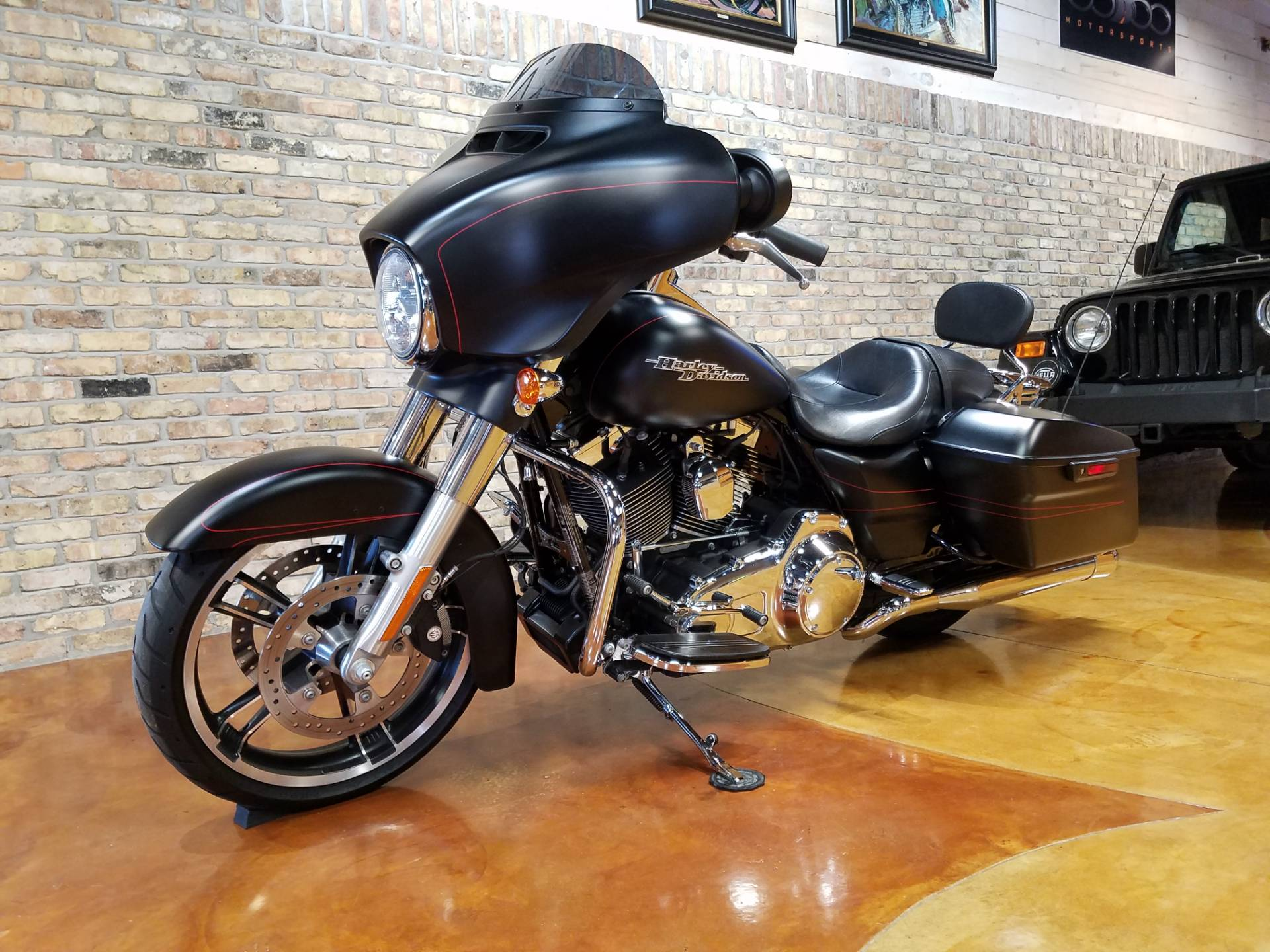 2015 Harley-Davidson Street Glide® Special in Big Bend, Wisconsin - Photo 29