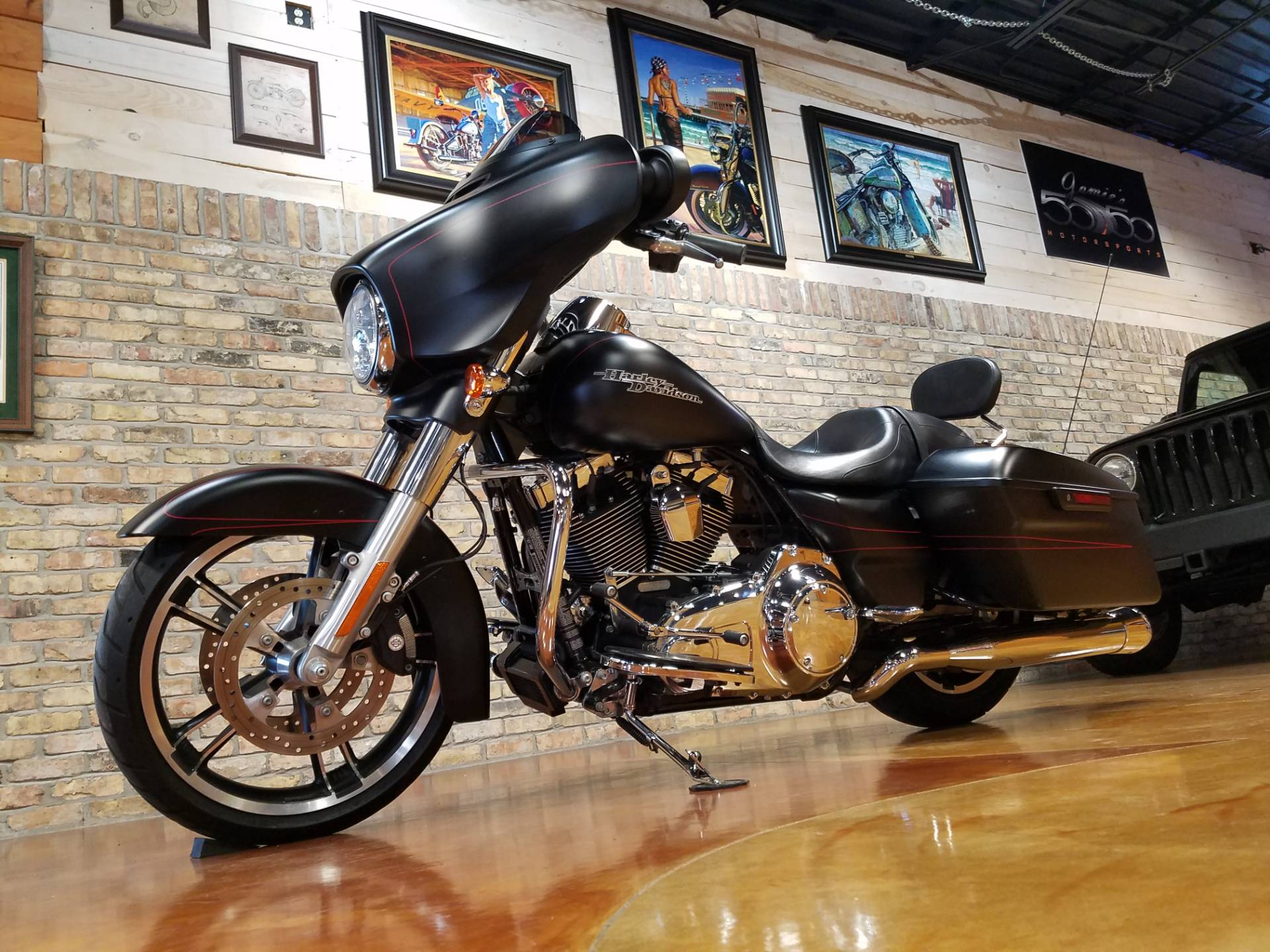 2015 Harley-Davidson Street Glide® Special in Big Bend, Wisconsin - Photo 30