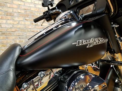 2015 Harley-Davidson Street Glide® Special in Big Bend, Wisconsin - Photo 14