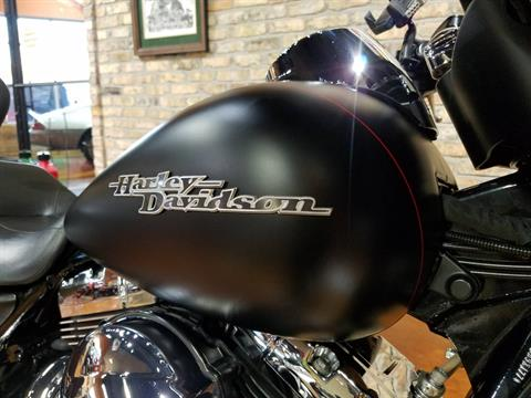 2015 Harley-Davidson Street Glide® Special in Big Bend, Wisconsin - Photo 15
