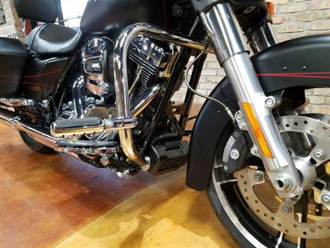 2015 Harley-Davidson Street Glide® Special in Big Bend, Wisconsin - Photo 17