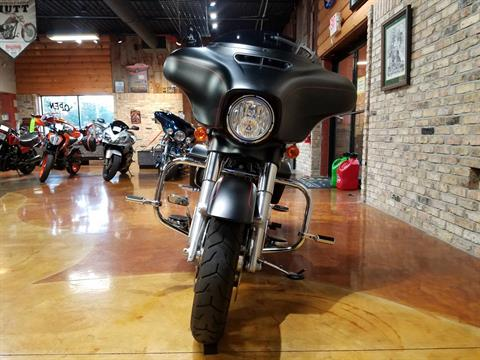 2015 Harley-Davidson Street Glide® Special in Big Bend, Wisconsin - Photo 19