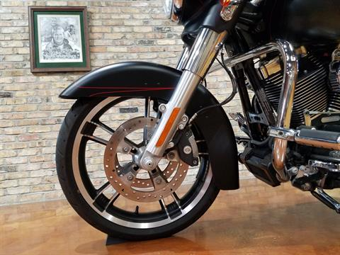 2015 Harley-Davidson Street Glide® Special in Big Bend, Wisconsin - Photo 33
