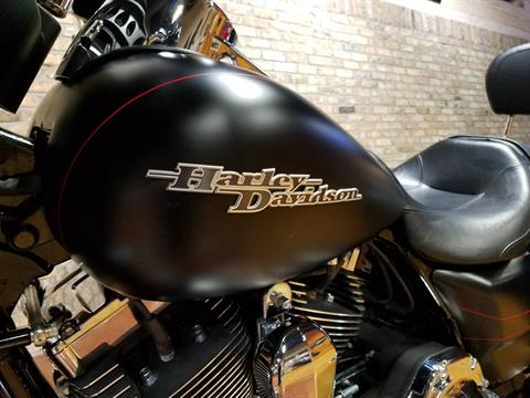 2015 Harley-Davidson Street Glide® Special in Big Bend, Wisconsin - Photo 36