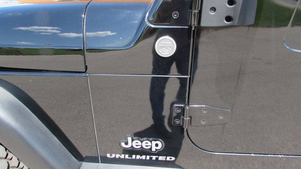 2005 Jeep Wrangler Unlimited LJ in Big Bend, Wisconsin - Photo 5
