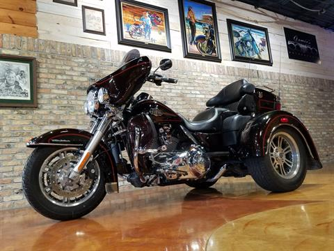 2011 Harley-Davidson Tri Glide® Ultra Classic® in Big Bend, Wisconsin - Photo 5