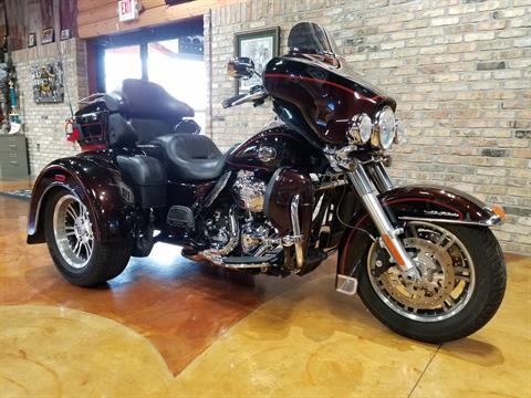 2011 Harley-Davidson Tri Glide® Ultra Classic® in Big Bend, Wisconsin - Photo 32