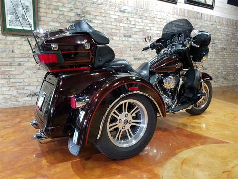 2011 Harley-Davidson Tri Glide® Ultra Classic® in Big Bend, Wisconsin - Photo 33