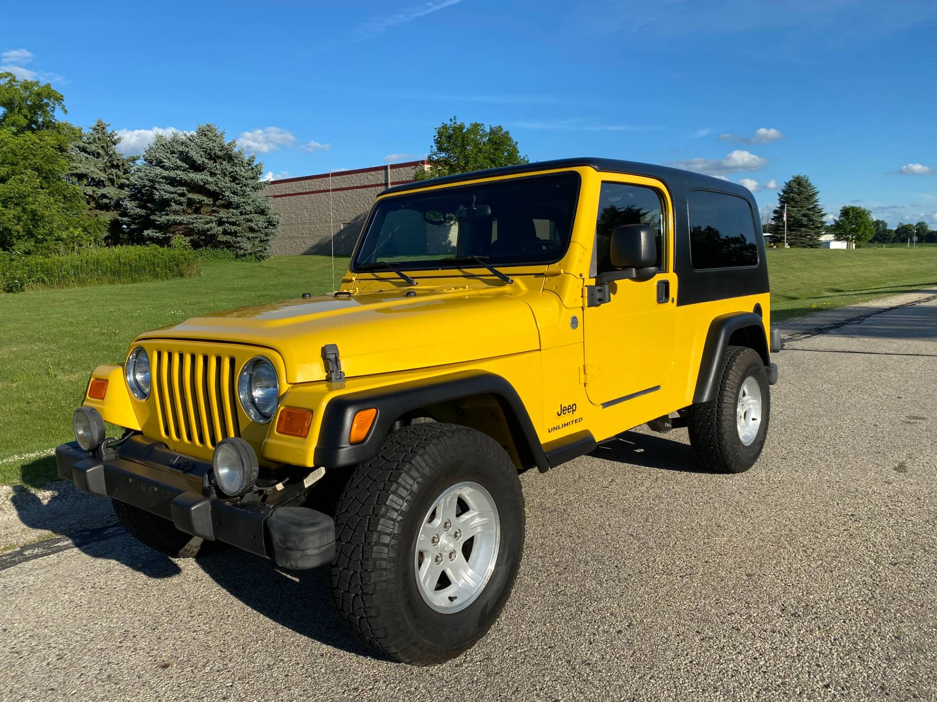 2005 Jeep® Wrangler Unlimited in Big Bend, Wisconsin - Photo 4