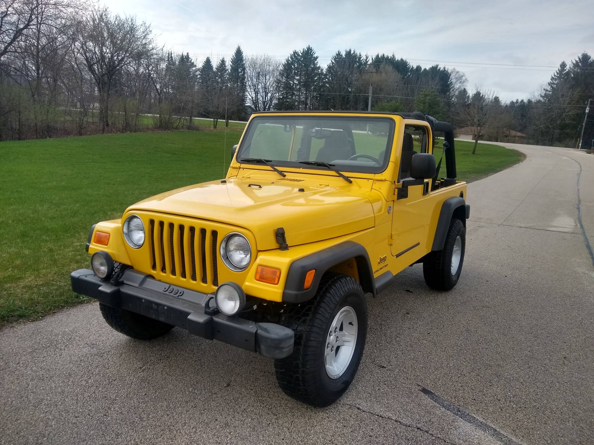 2005 Jeep® Jeep Wrangler Unlimited in Big Bend, Wisconsin - Photo 4
