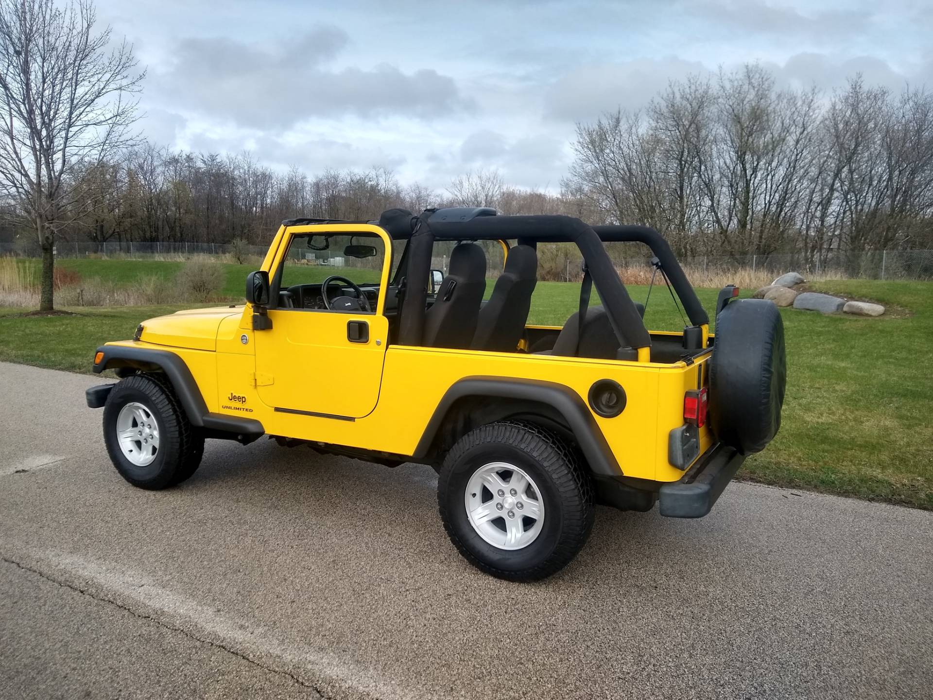 2005 Jeep® Jeep Wrangler Unlimited in Big Bend, Wisconsin - Photo 6