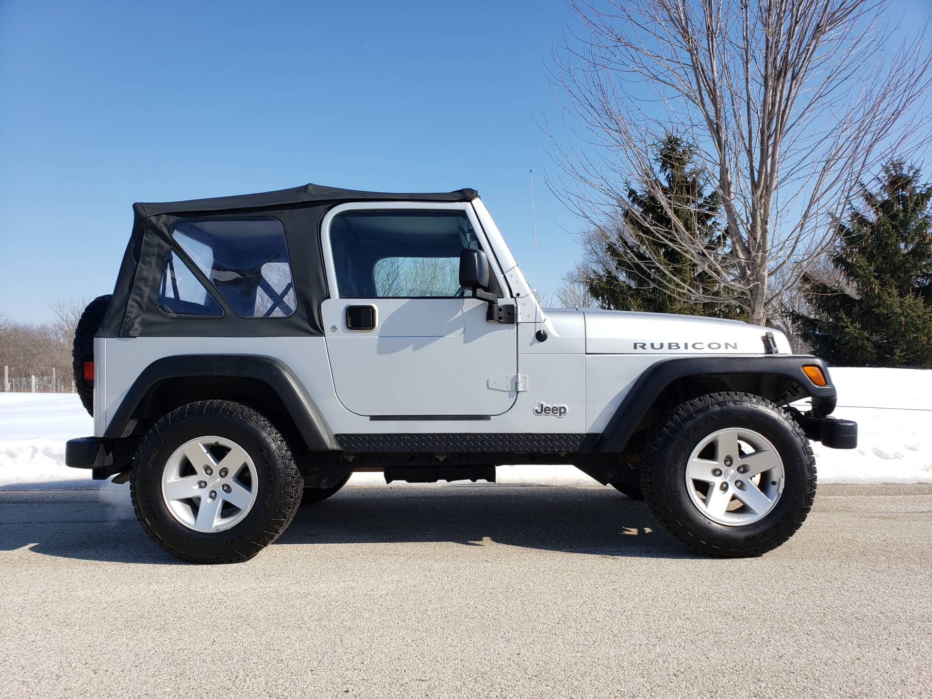 2005 Jeep Wrangler Rubicon in Big Bend, Wisconsin - Photo 1