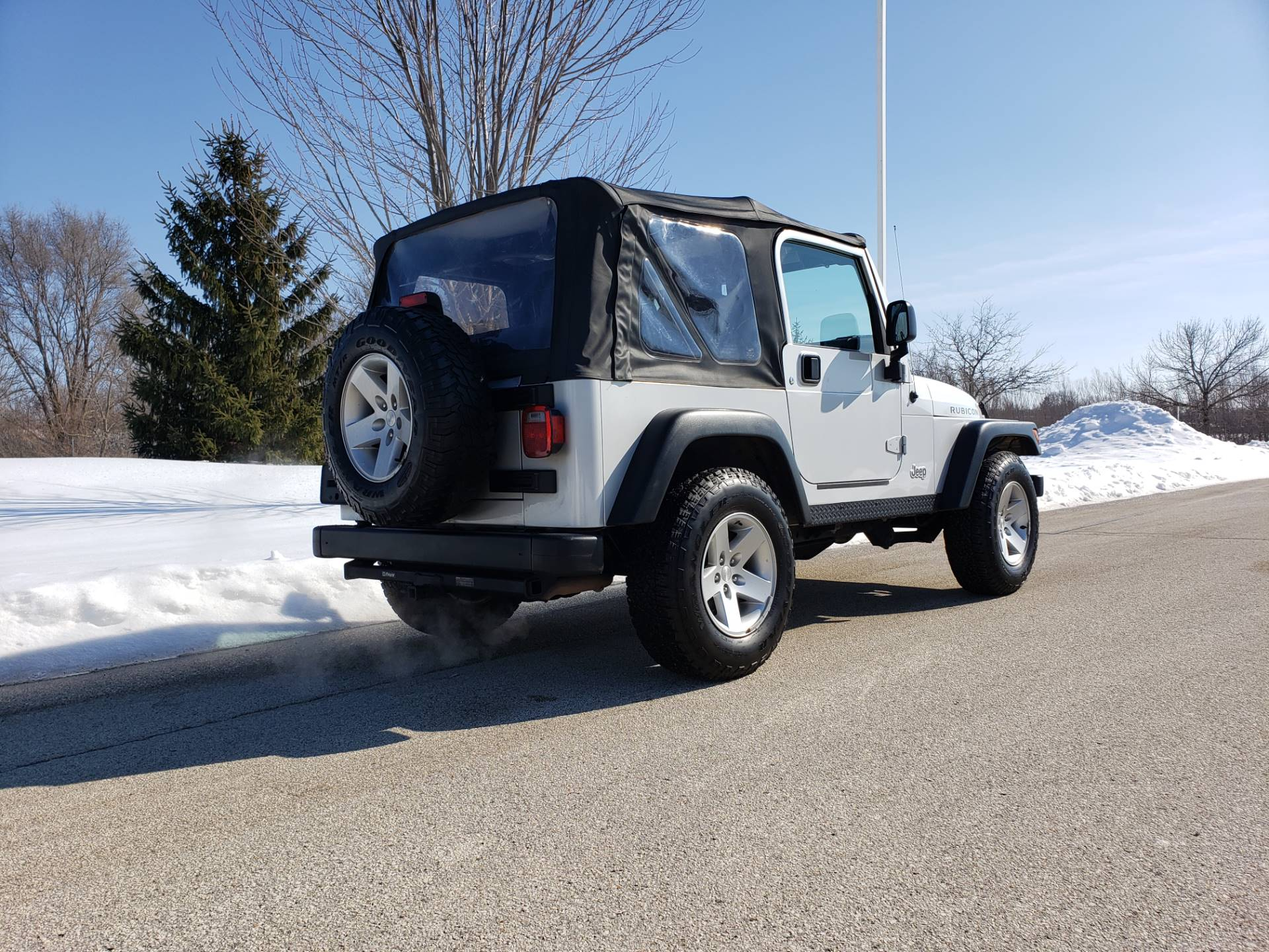 2005 Jeep Wrangler Rubicon in Big Bend, Wisconsin - Photo 4