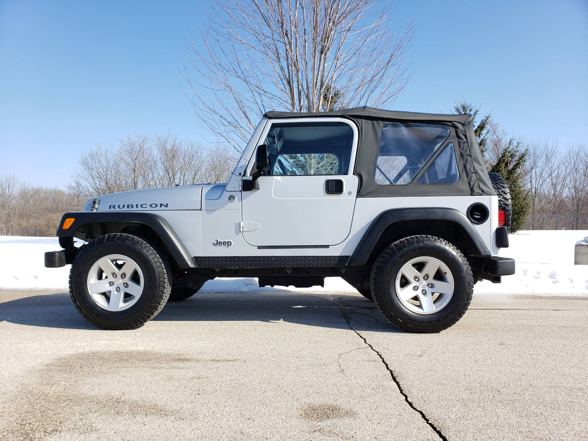2005 Jeep Wrangler Rubicon in Big Bend, Wisconsin - Photo 8