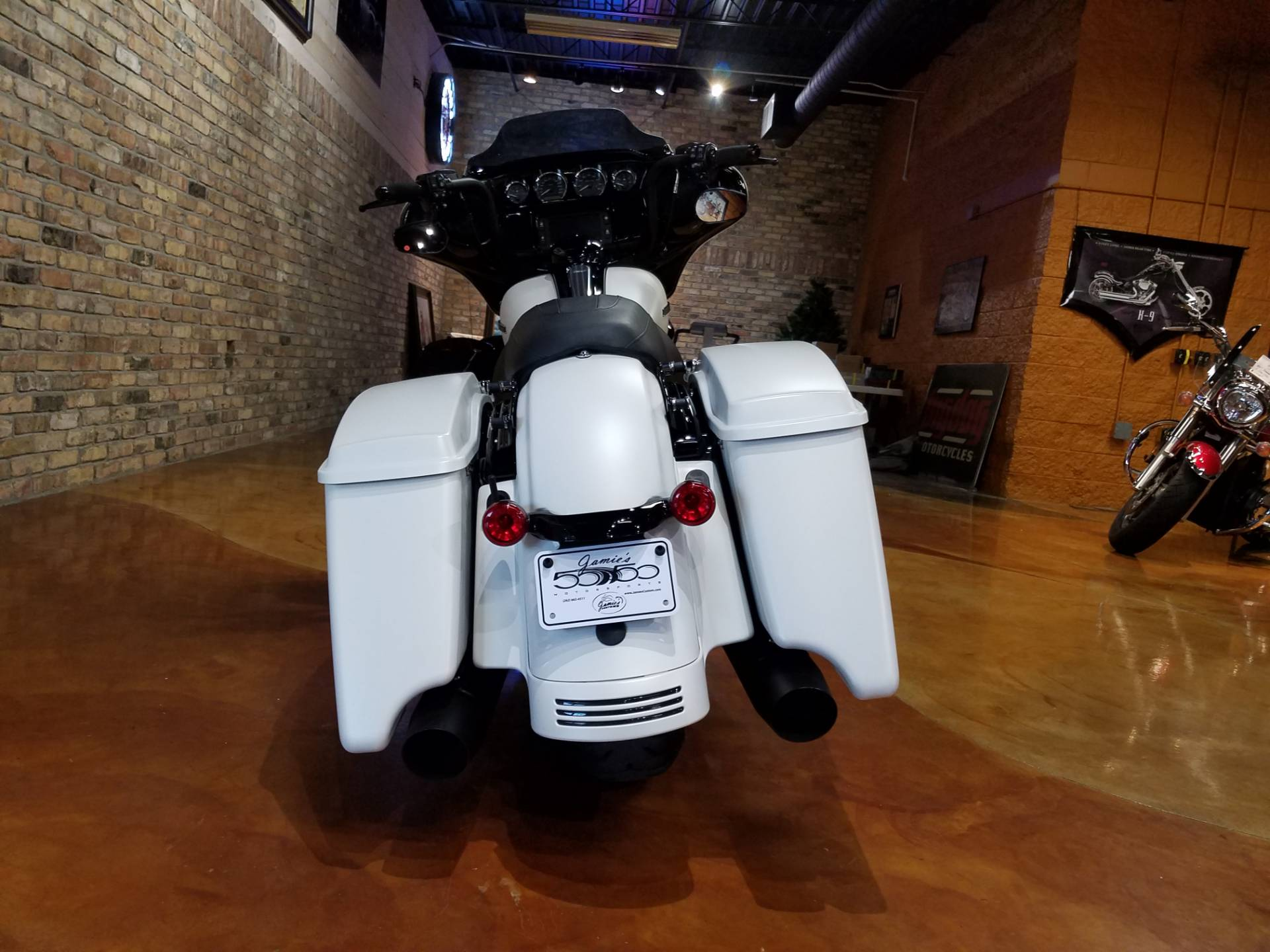 2018 Harley-Davidson Street Glide® Special in Big Bend, Wisconsin - Photo 24