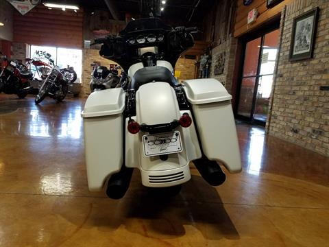 2018 Harley-Davidson Street Glide® Special in Big Bend, Wisconsin - Photo 44