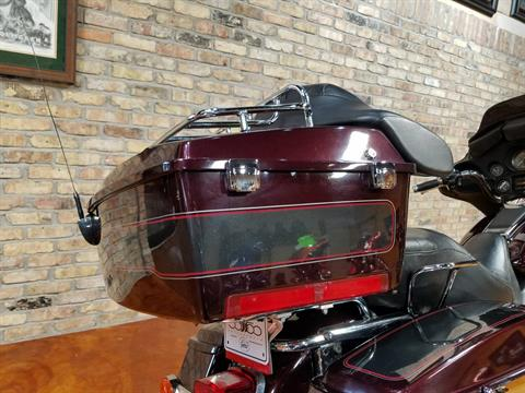 2005 Harley-Davidson FLHTC/FLHTCI Electra Glide® Classic in Big Bend, Wisconsin - Photo 5