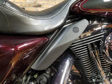 2005 Harley-Davidson FLHTC/FLHTCI Electra Glide® Classic in Big Bend, Wisconsin - Photo 14