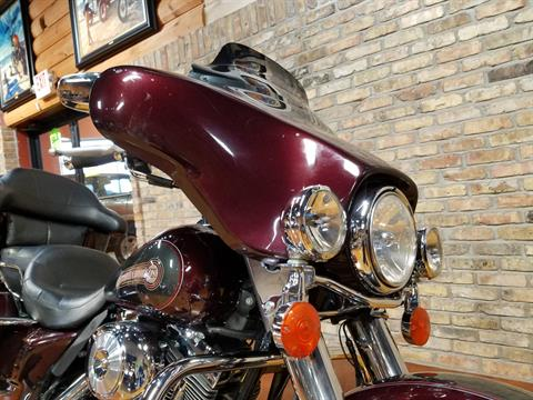 2005 Harley-Davidson FLHTC/FLHTCI Electra Glide® Classic in Big Bend, Wisconsin - Photo 18