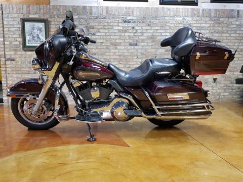 2005 Harley-Davidson FLHTC/FLHTCI Electra Glide® Classic in Big Bend, Wisconsin - Photo 32