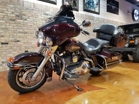 2005 Harley-Davidson FLHTC/FLHTCI Electra Glide® Classic in Big Bend, Wisconsin - Photo 34