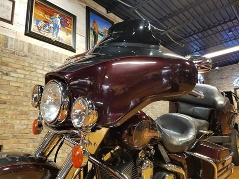 2005 Harley-Davidson FLHTC/FLHTCI Electra Glide® Classic in Big Bend, Wisconsin - Photo 38