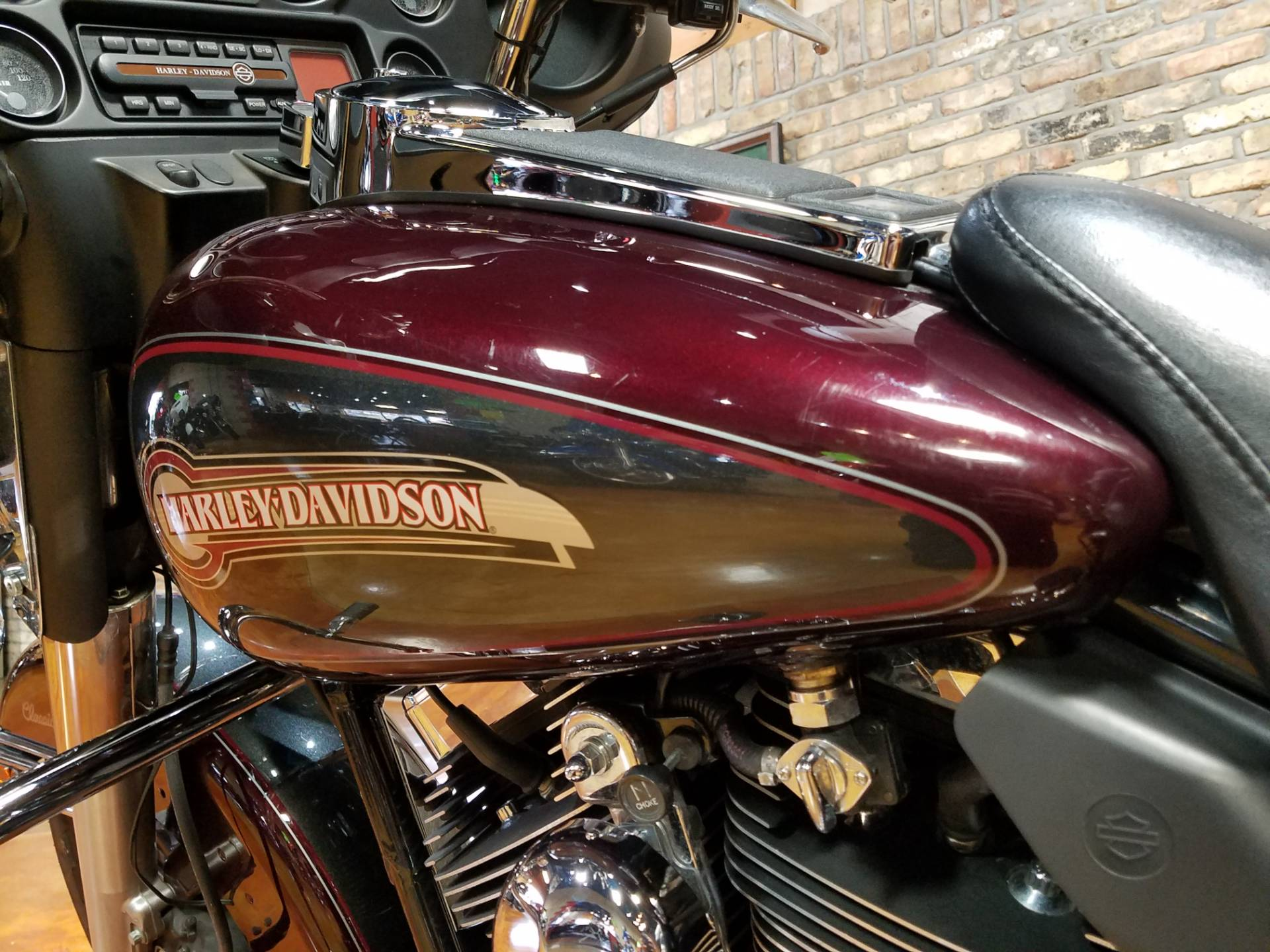 2005 Harley-Davidson FLHTC/FLHTCI Electra Glide® Classic in Big Bend, Wisconsin - Photo 40