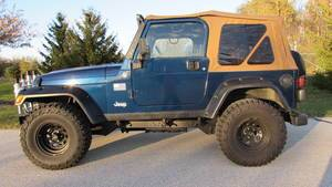 2005 Jeep Wrangler X in Big Bend, Wisconsin - Photo 2