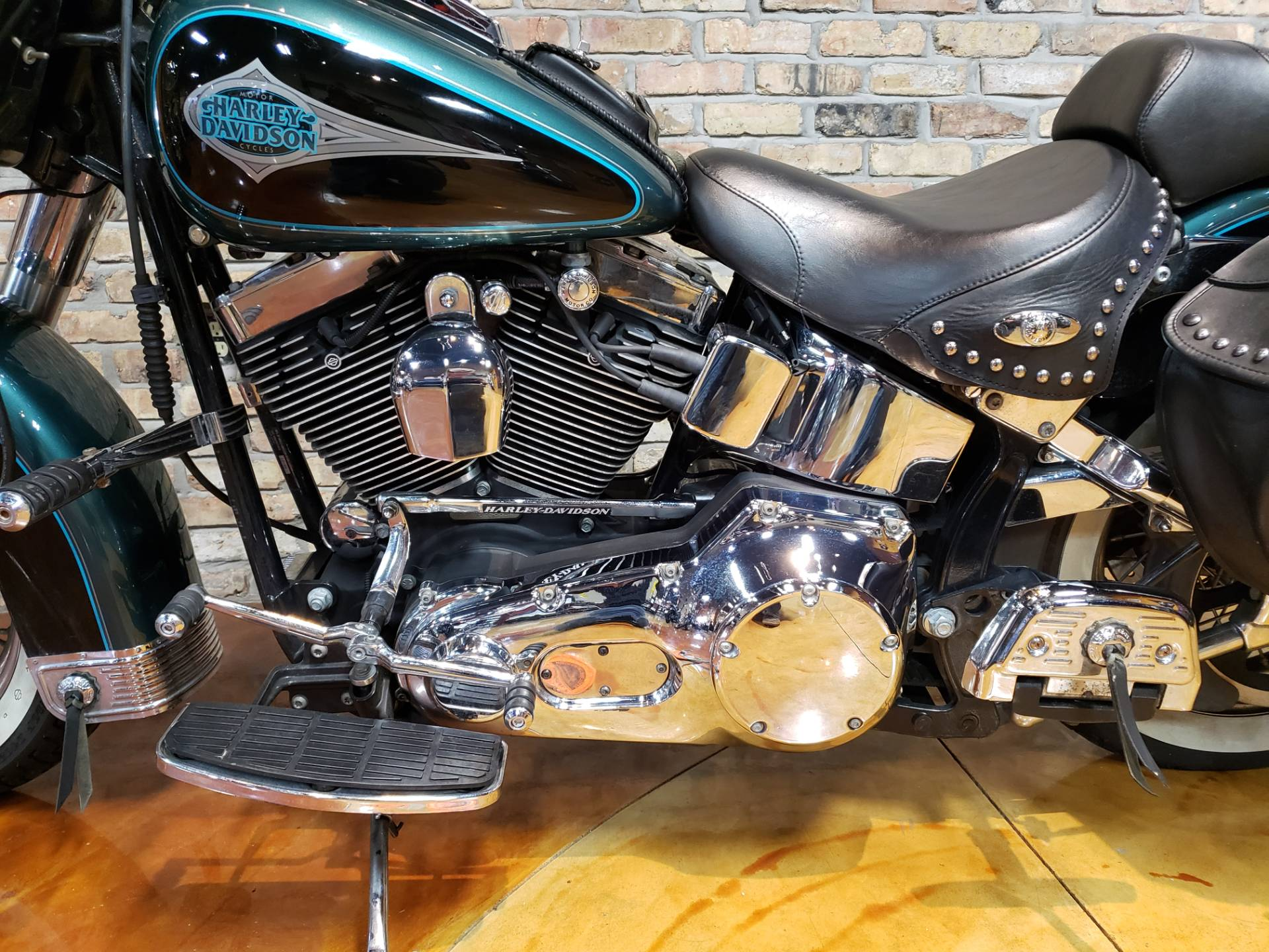 2000 Harley-Davidson FLSTC Heritage Softail® Classic in Big Bend, Wisconsin - Photo 24