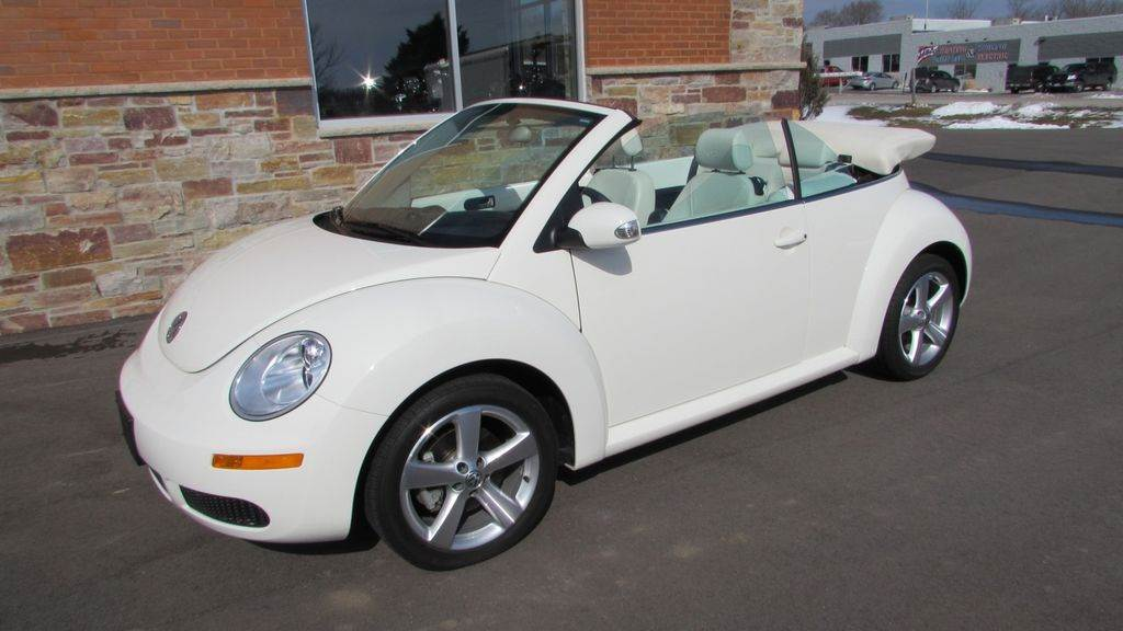 2007 Volkswagen 2007 Volkswagen Beetle Convertible in Big Bend, Wisconsin - Photo 11
