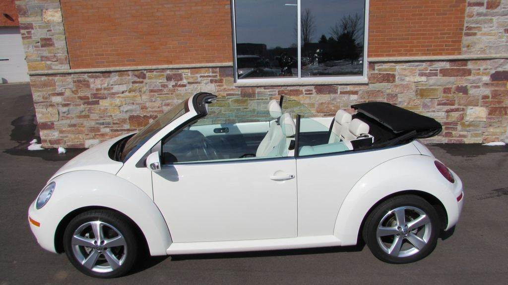 2007 Volkswagen 2007 Volkswagen Beetle Convertible in Big Bend, Wisconsin - Photo 10