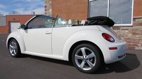 2007 Volkswagen 2007 Volkswagen Beetle Convertible in Big Bend, Wisconsin - Photo 12