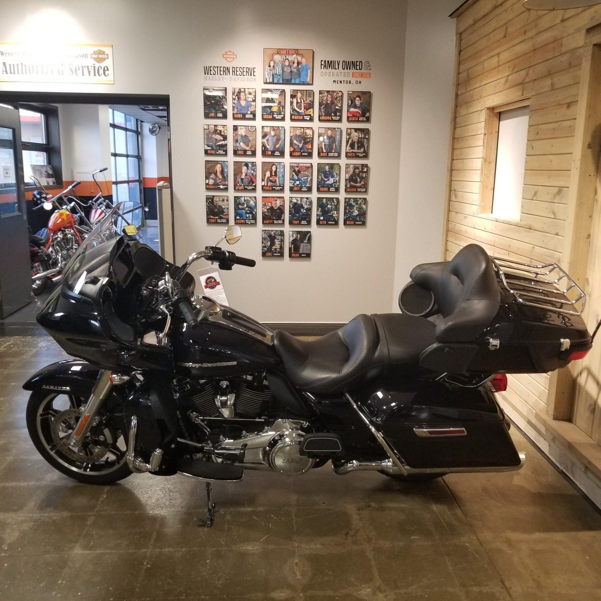 2020 Harley-Davidson Road Glide® Limited in Mentor, Ohio - Photo 12