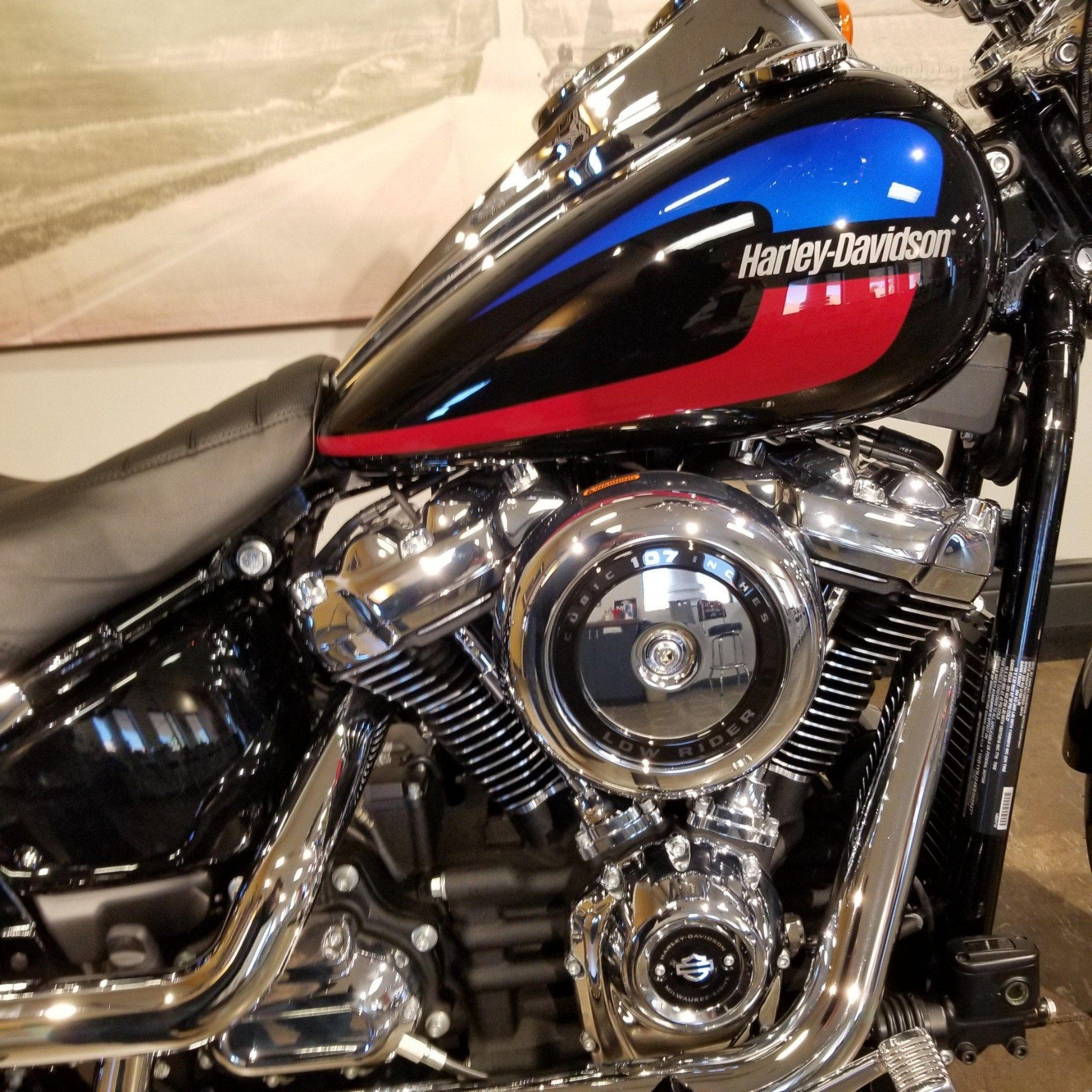 2019 Harley-Davidson Low Rider® in Mentor, Ohio - Photo 2