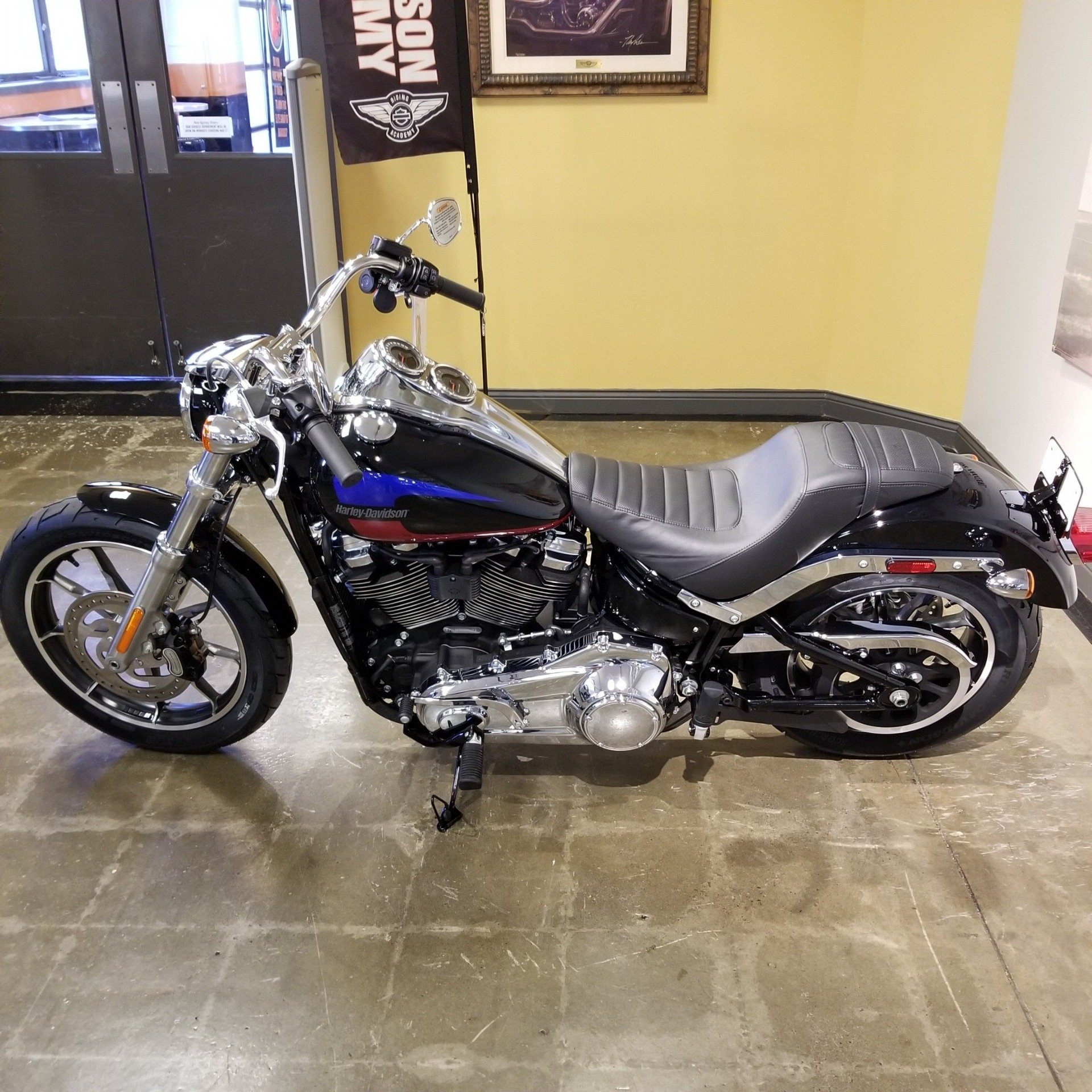2019 Harley-Davidson Low Rider® in Mentor, Ohio - Photo 11