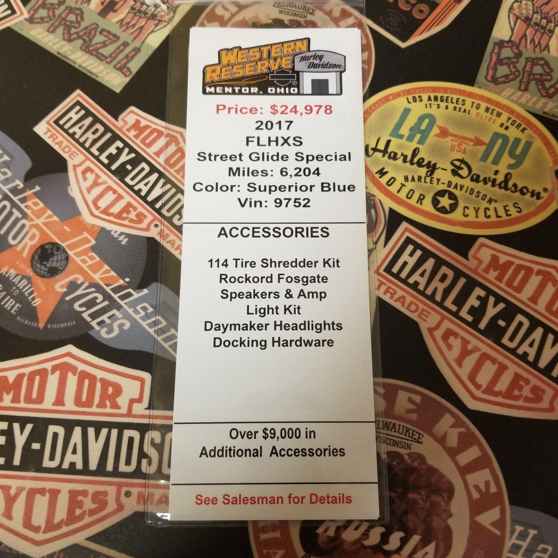 2017 Harley-Davidson Street Glide® Special in Mentor, Ohio