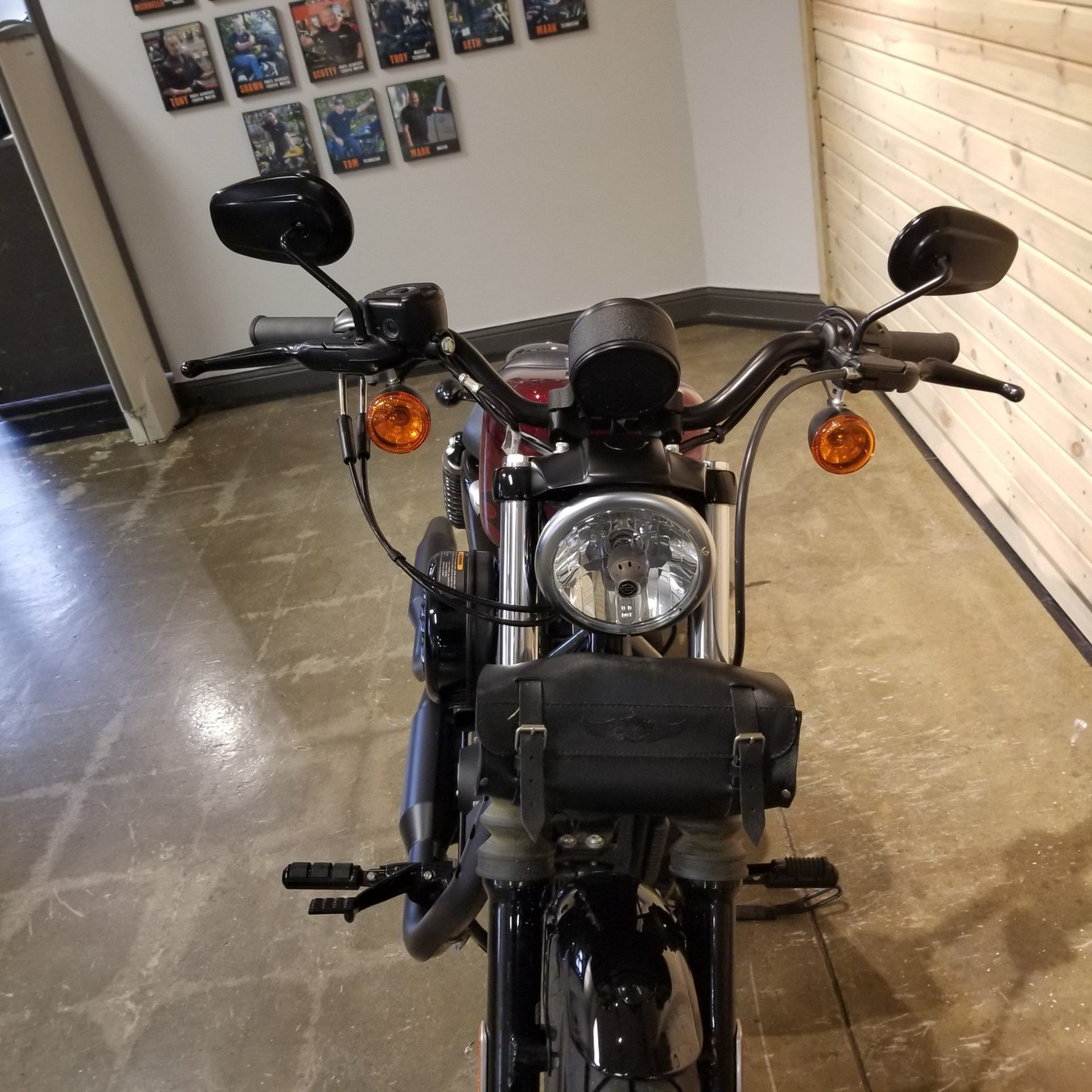 2017 Harley-Davidson Iron 883™ in Mentor, Ohio - Photo 6