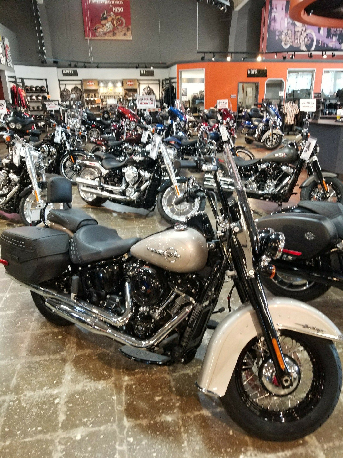 2018 Harley-Davidson Heritage Classic 107 in Mentor, Ohio