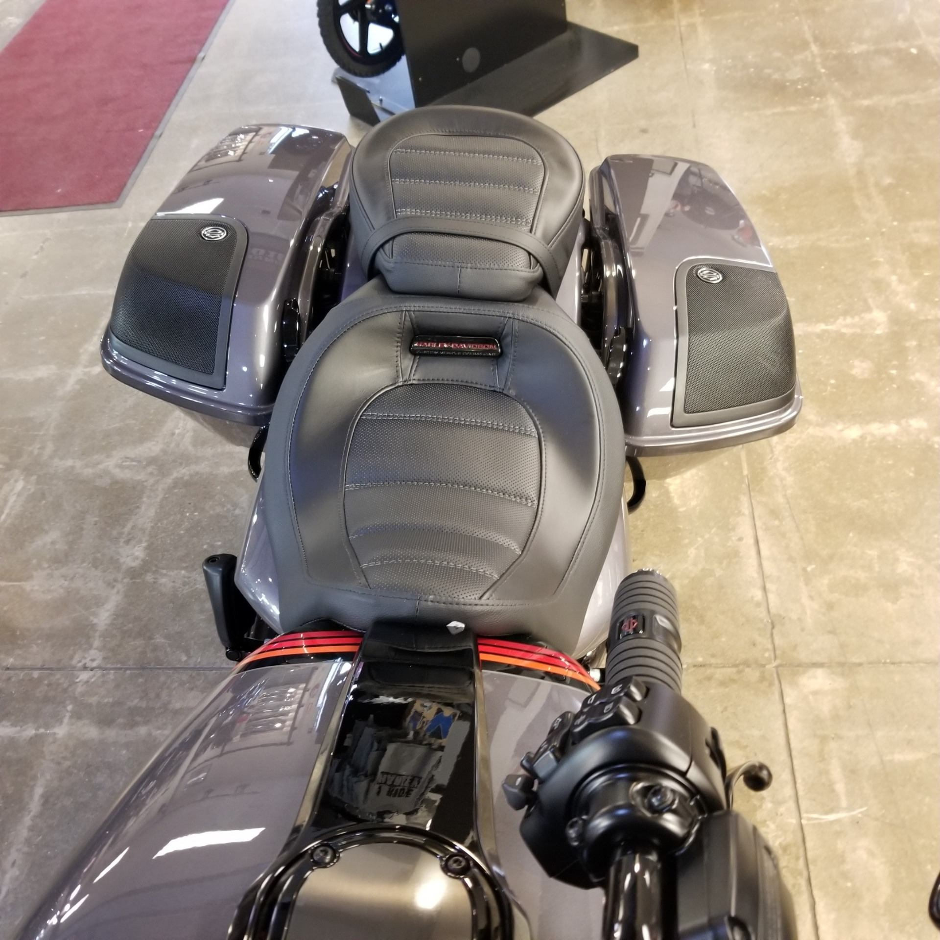 2020 Harley-Davidson CVO™ Street Glide® in Mentor, Ohio - Photo 5